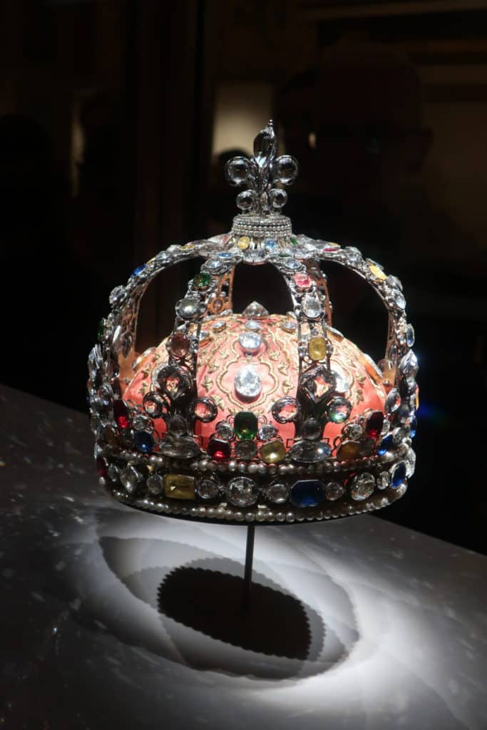 What to See at the Louvre in two hours: Galerie d'Apollon French Crown Jewels